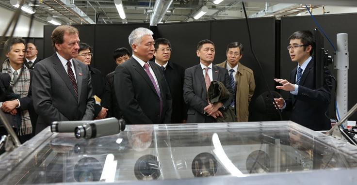 Chinese diplomats visting photonics building