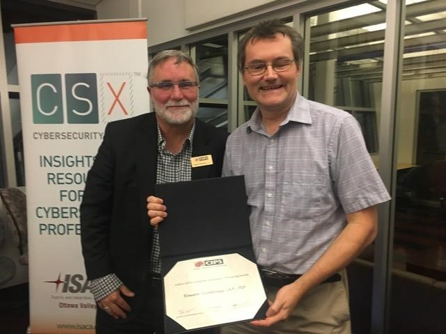 Timothy Lethbridge presented with CIPS Fellowship