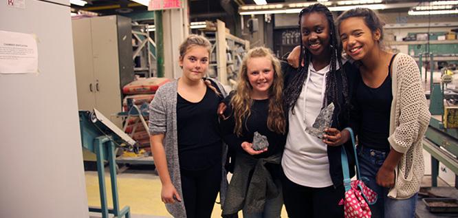 Participantes Go ENG Girl