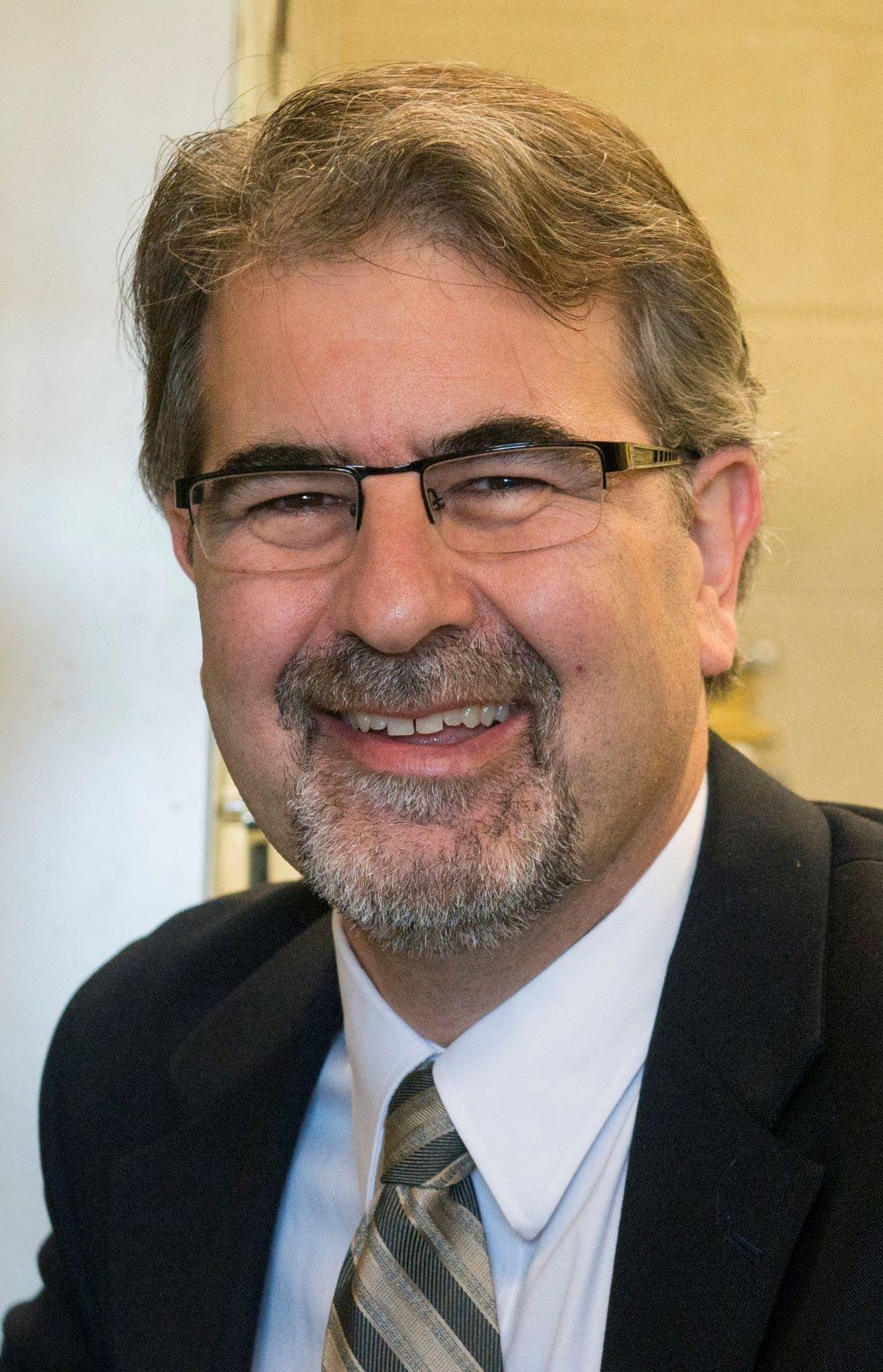 Professeur Marc Dubé